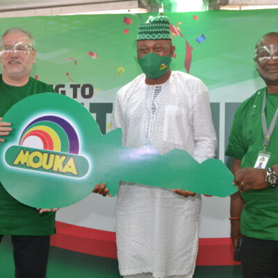 Mouka-Award-Brandspurng-Mouka-Gives-Out-54-Trucks-to-Business-Partners-in-a-Jiffy-Encourages-Steadfastness-Photos1-scaled